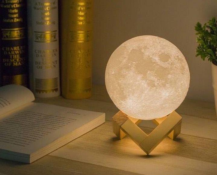 quà tặng đèn led mặt trăng 3d